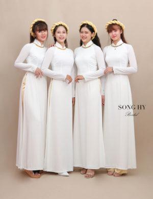 áo dài bưng quả trắng thiết kế 4 tà kết viền đồng